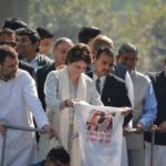 Priyanka Gandhi makes her debut in Uttar Pradesh, draws huge crowd.